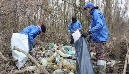 4 tonna hulladéktól mentesült a Tisza